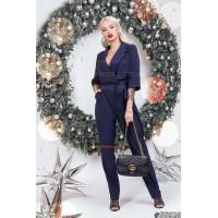 Модный женский комбинезон в деловом стиле