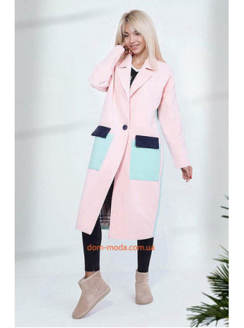 Жіноче пряме пальто з накладними кишенями