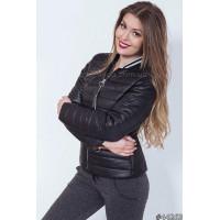 Жіноча приталена коротка куртка