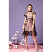Жіноче стильне плаття з чорним фатином