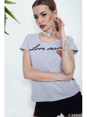 Женская серая футболка с надписью