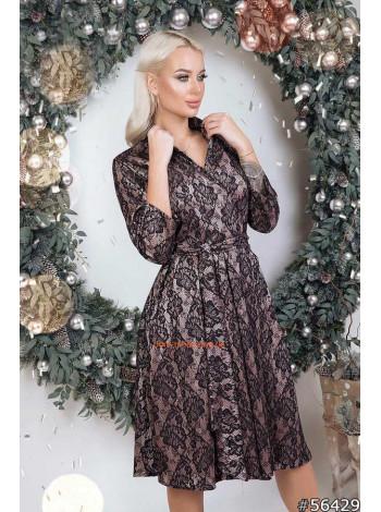 Мереживне плаття з запахом
