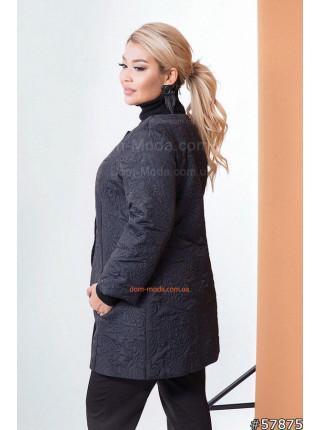 Весняна жіноча куртка без коміра великого розміру