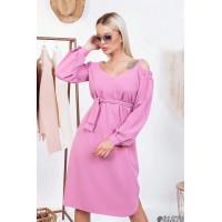 Женское стильное платье с открытыми плечами и поясом