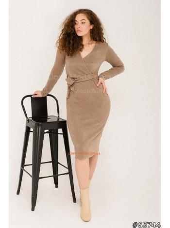 Коротке плаття з декольте з ангори