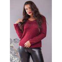 Стильный вязанный свитер для полных девушек