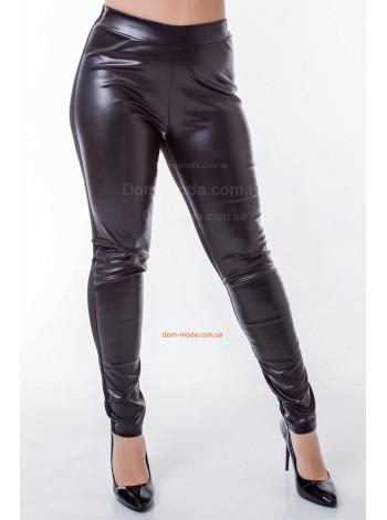 Стильные кожаные лосины для полных девушек