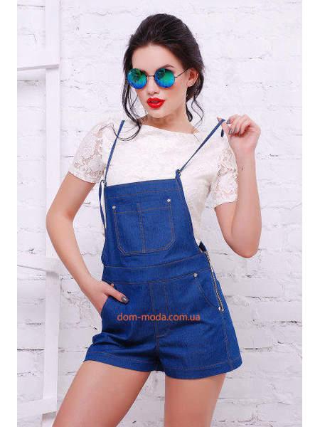 Стильний жіночий джинсовий комбінезон на лямках