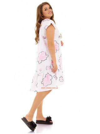 Короткое белое платье в принт для пышных девушек