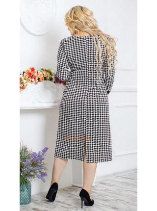 Женское платье в клетку для пышных девушек