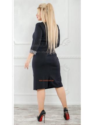 Классическое черное платье в гусиную лапку для полных