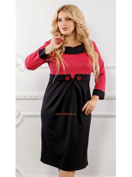 Стильное платье с пуговицами для полных женщин