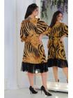 Красиве літнє плаття з рюшой для повних дівчат