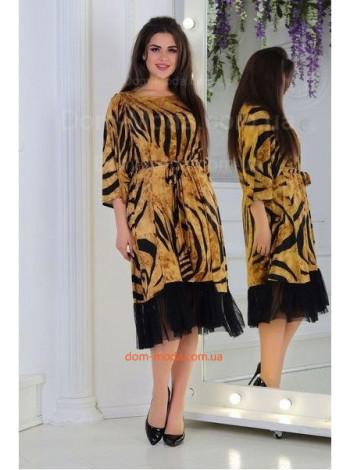 Красивое летнее платье с рюшей для полных девушек