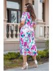 Красивое летнее платье миди с декольте большого размера