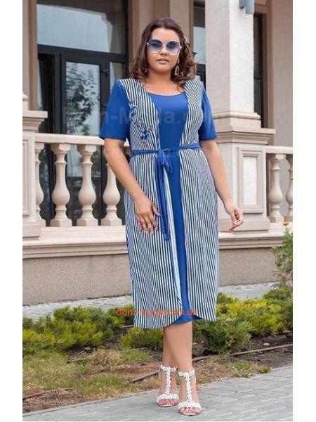 Красивое летнее платье в полоску для полных девушек