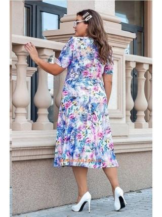 Красивое летнее платье в принт для пышных женщин