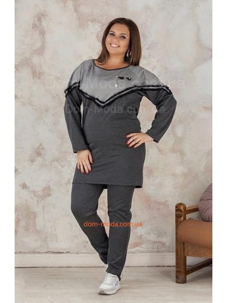 Женский спортивный костюм с туникой для полных