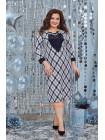 Женское платье в принт с украшением большого размера