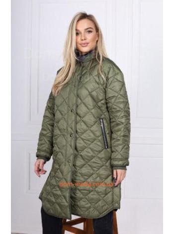 Стильне жіноче демісезонне пальто з плащової тканини