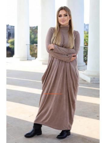 Довге тепле плаття в пол