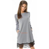 Трикотажное платье с кружевом серого и черного цвета