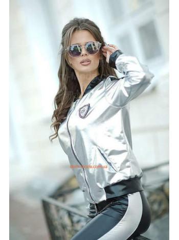 Модный женский костюм с лосинами и бомбером