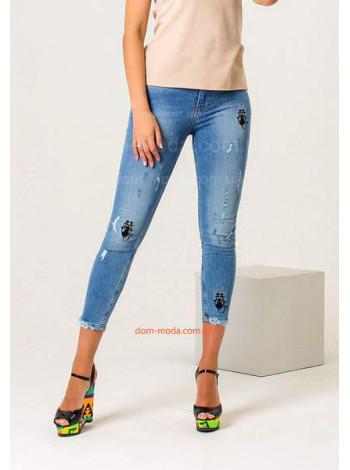 Молодежные женские джинсы скинни с вышивкой