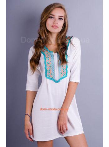 Современное короткое платье в этническом стиле