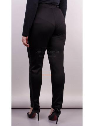 Модные зауженные брюки с кожаными вставками для полных