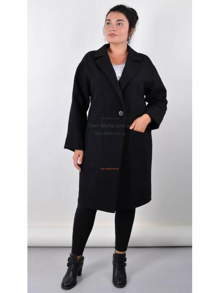 Классическое черное пальто большого размера