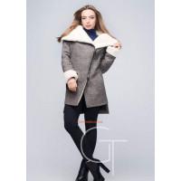 Теплое короткое женское пальто на меху