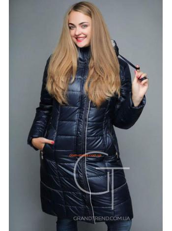 Зимове жіноче пальто за коліно