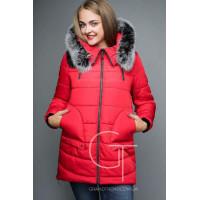 Коротка модна курточка із накладними кишенями і хутром