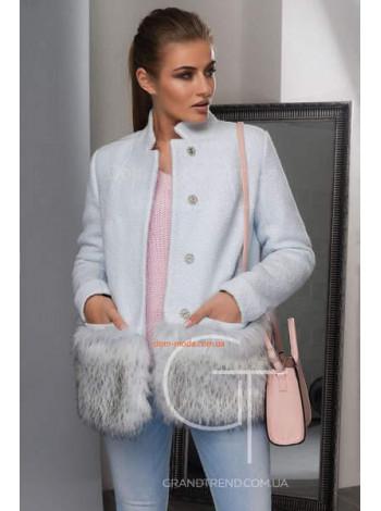 Коротке пальто зимове з хутром