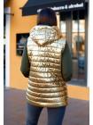 Жіноча жилетка на синтепоні з капюшоном золото батал