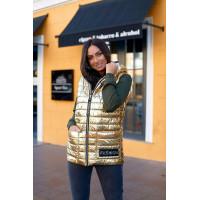 Женская жилетка на синтепоне с капюшоном золото батал