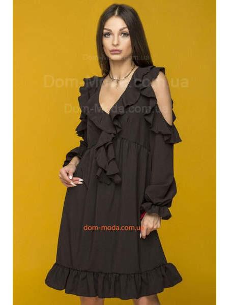 Коротке жіноче плаття з довгим рукавом