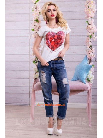 "Стильна жіноча футболка ""Велике серце"""