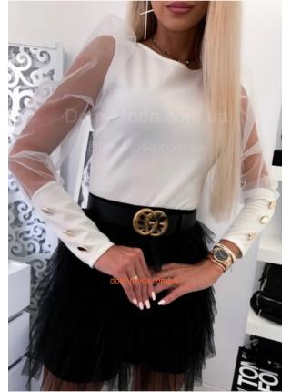 Стильна жіноча блузка із гудзиками