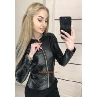 Модная кожаная куртка пиджак