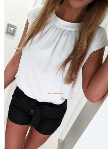 Жіноча красива блузка із невеликим рукавом