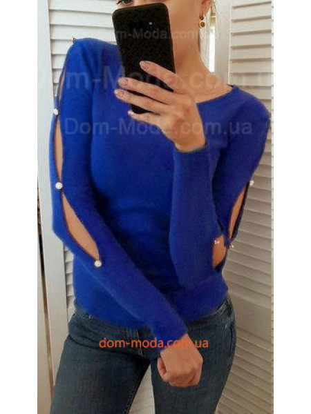 Однотонная женская кофта с прорезами на рукавах