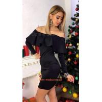 Вечернее женское мини платье с открытыми плечами и оборками