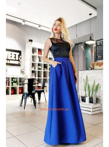 Модное вечернее платье в пол с атласом и гипюром