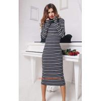 Модное миди платье гольф в полоску