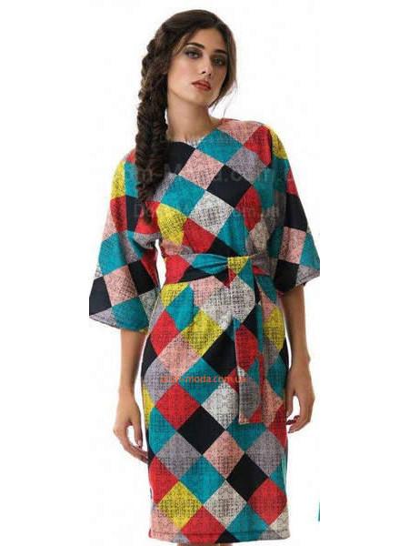 Жіноче модне плаття із широкими рукавами