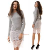 Жіноче тепле плаття з білим мереживом