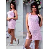 Короткий женский сарафан розового цвета