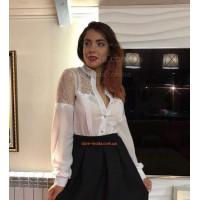 Однотонная стильная блуза с кружевом и длинным рукавом